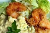 Close-up of breaded popcorn shrimp — Stock Photo