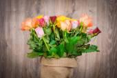 Lindas tulipas no saco — Fotografia Stock