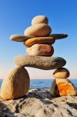 Figure of Inukshuk — Stock Photo