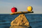 Apples in balance  — Stock Photo