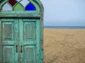 Door to paradise — Stock Photo