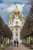 Peterhof. Grand Palace. — Stock Photo