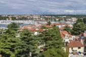 Novigrad paisaje urbano y del puerto deportivo, istria, croacia — Foto de Stock