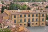 カリタス Diocesana ピサ、イタリアの建物 — ストック写真