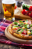 Pizza hawaii with beer — Fotografia Stock