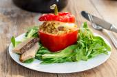 Baked stuffed peppers with meat sauce and cheese — Stock Photo