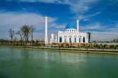 White mosque Minor in Tashkent, Uzbekistan — Стоковое фото