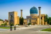 Gur Emir mausoleum of the Asian conqueror Tamerlane (also known as Timur) in Samarkand, Uzbekistan — Stock Photo
