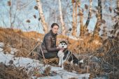 Spring walk with a dog 2556. — Stock Photo