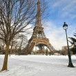Heavy snowfall in Paris — Stock Photo #51829161