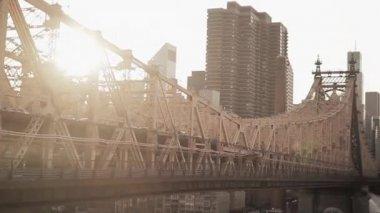 Roosevelt Island Bridge — Vídeo de Stock