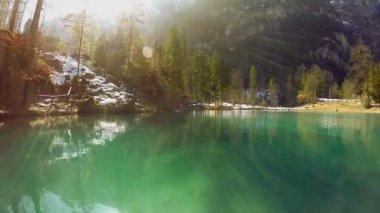 Turquoise lake. — Stock Video