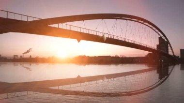 Bridge water reflection. — Stock Video