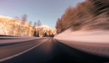 Fahren auf die straße. — Stockvideo
