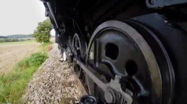 курение поезда парового двигателя. — Стоковое видео