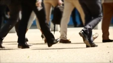 Business people walking — Stock Video