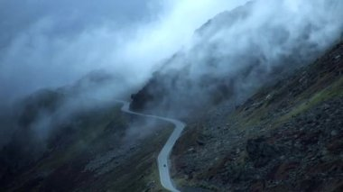 Mountain road. — Stock Video