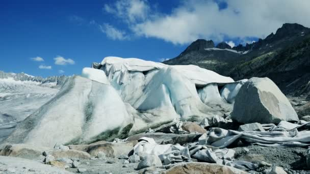 Glaciers covered with protection blanke — Vídeo de stock