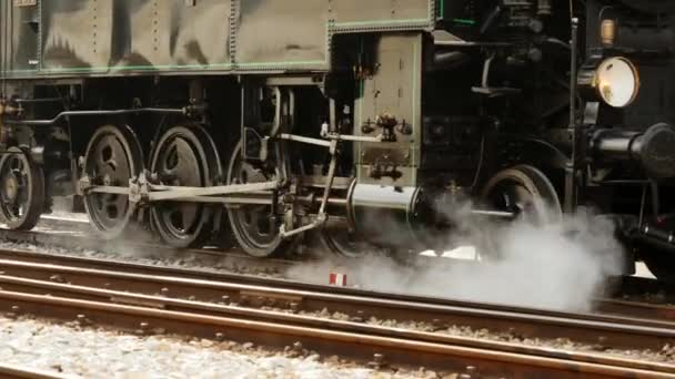 Train driving on railroad track — Vidéo