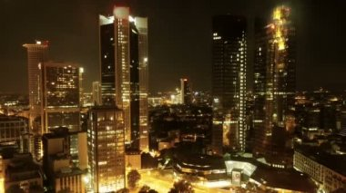 City skyline at night — Stock Video