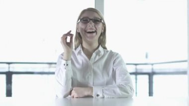 Woman in glasses laughing — Stock Video