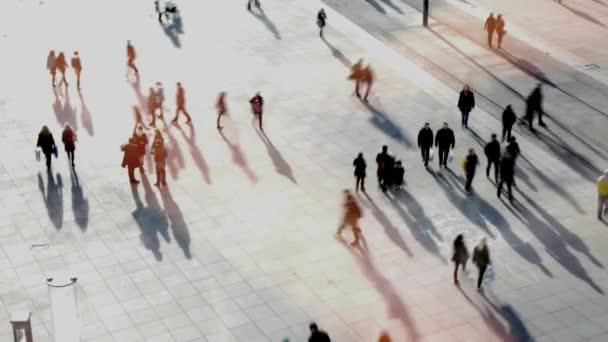 Menschen, die auf straße — Vidéo