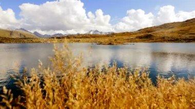 Mountain lake landscape — Stock Video