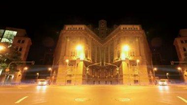 Street traffic city at night — Stock Video