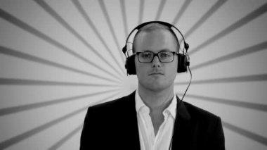 Man is listening to music on headphones — Stock Video