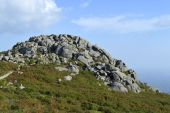 Stones on top of Foia the highest mountain of Algarve — Stock Photo