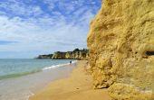 Vale Do Olival Beach spectacular cliffs — Stock Photo