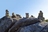 Stones balancing on top of Foia the highest mountain of Algarve, Portugal. — Stock Photo