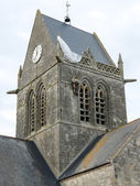 Church of St Mere Eglise, Normandy - Paratrooper — Stock Photo