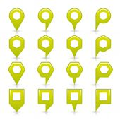 Green color map pin icon satin location sign with empty copy space — Stockvector