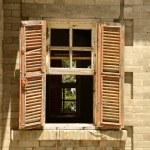 oude venster — Stockfoto #75317963