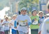Kids run on Kyiv Half Marathon — Stock Photo