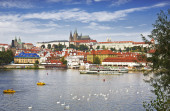 View of Prague, Vltava river, St. Vitus cathedral — Stock Photo