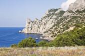 Crimea. Nieuw licht. King's strand en mount Karaul-Oba — Stockfoto