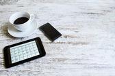 Controllo attività mensile del calendario nella tavoletta — Foto Stock