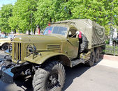 Soviet post-WW2 general purpose 2.5 ton 6x6 truck ZIL-157 — Stock Photo