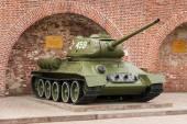 An exhibition of retro military equipment in the Kremlin of Nizhny Novgorod — Stock Photo