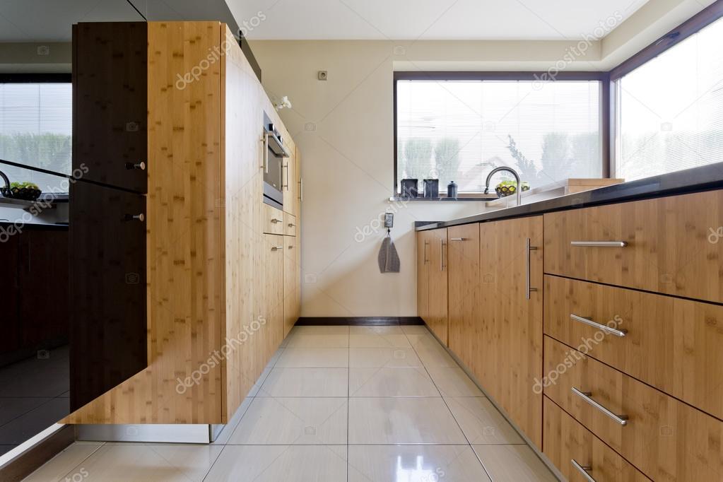 exklusive küche aus holz — stockfoto © photographee.eu #122482128, Kuchen