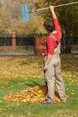 Finished garden raking — Stockfoto