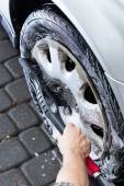 View of hubcap cleaning — Stock Photo