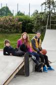 Teenagers at a skate park — Stock Photo