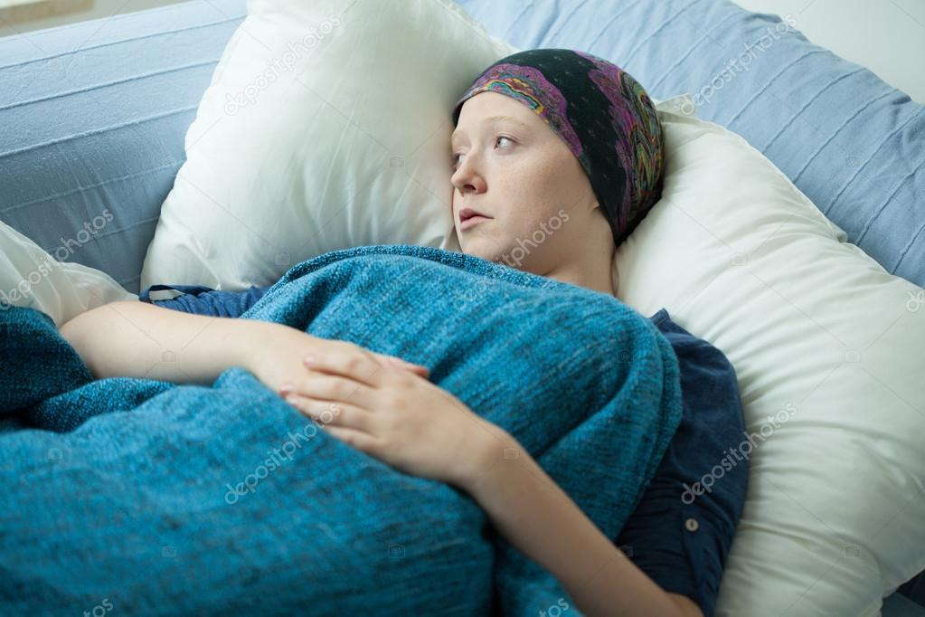 Женщина раком в постели фото 583-181