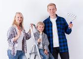 Happy family during house renovation — Stock Photo