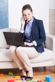 Young woman working from home — 图库照片