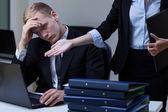 Direktör kritiserar anställd — Stockfoto