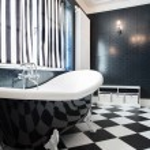 Black and white bathtub — Stock Photo #58439503